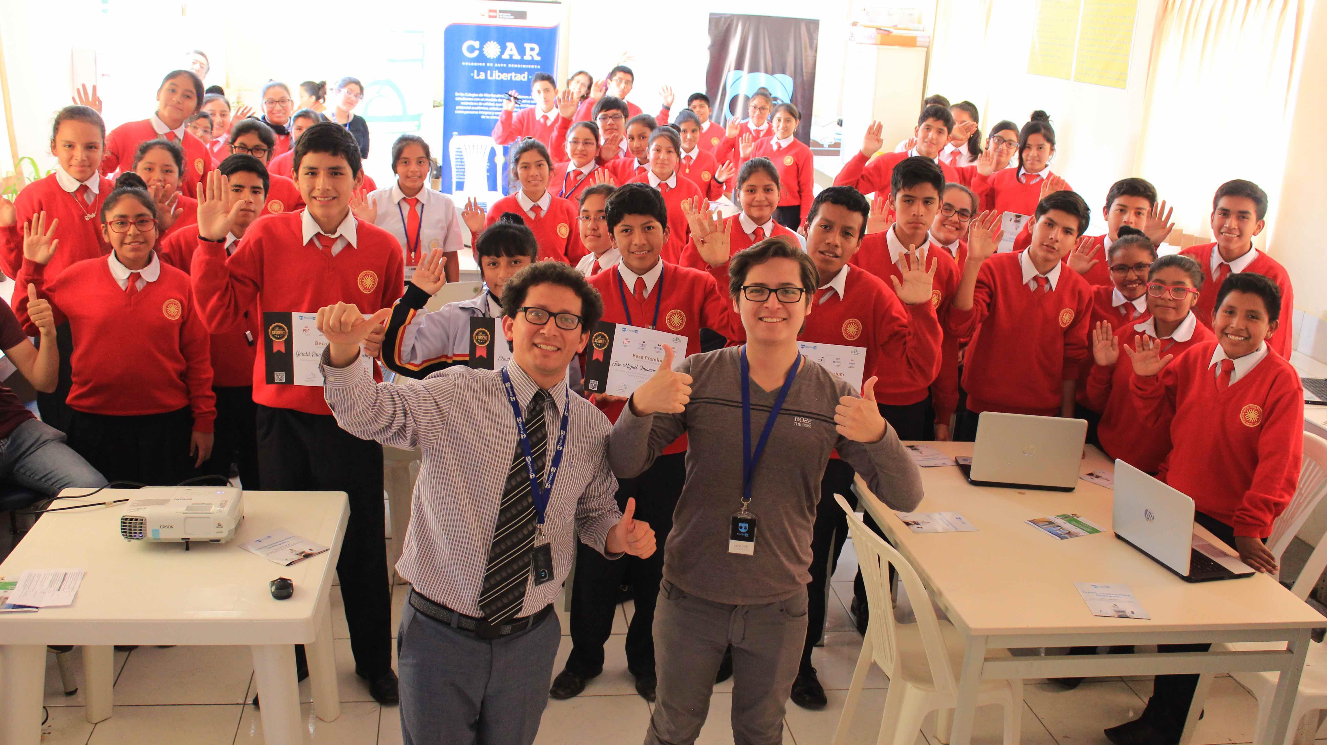 """Joven peruano seleccionado como uno de los  """"17 jóvenes líderes por los ODS"""""""